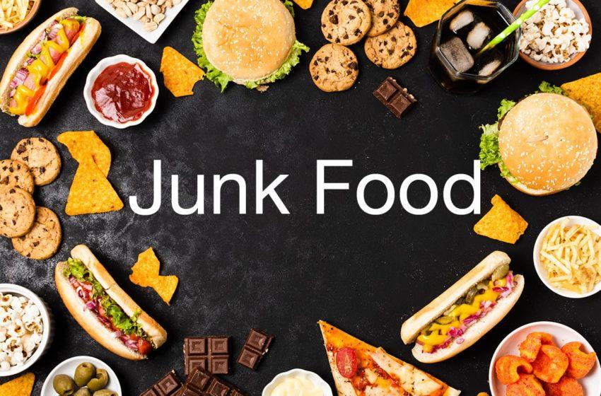 La privation de sommeil nous rend moins résistant à la junk food