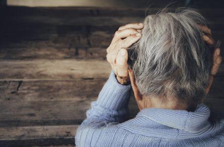 Étude : le stress contribue à l'apparition de cheveux blancs