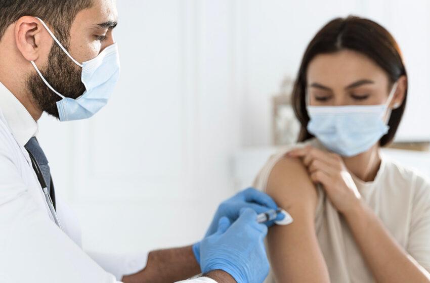 Vaccins Pfizer Vs Moderna : différences et points communs